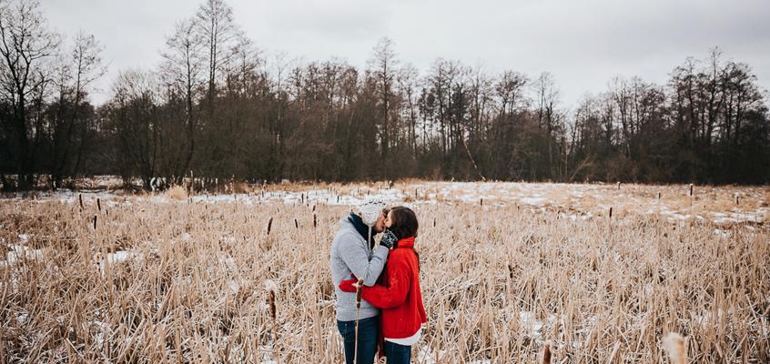Zimowa sesja narzeczeńska Doroty i Macieja