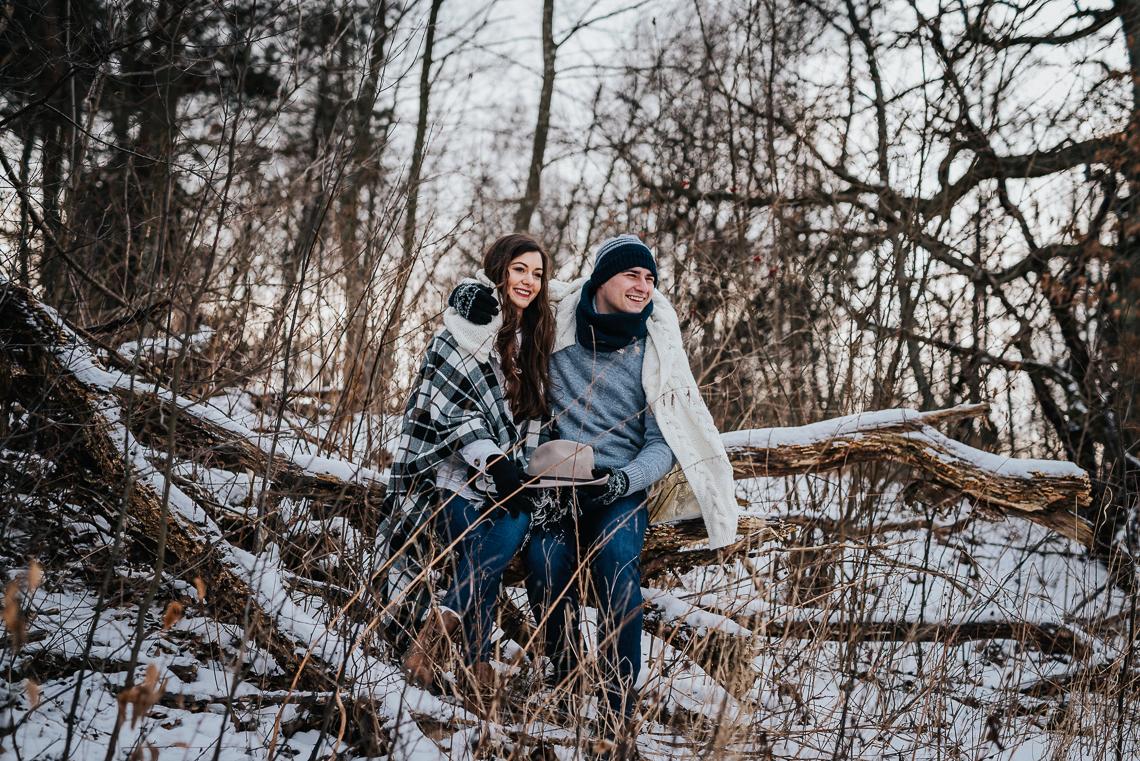 Zimowa sesja narzeczeńska Doroty i Macieja 3