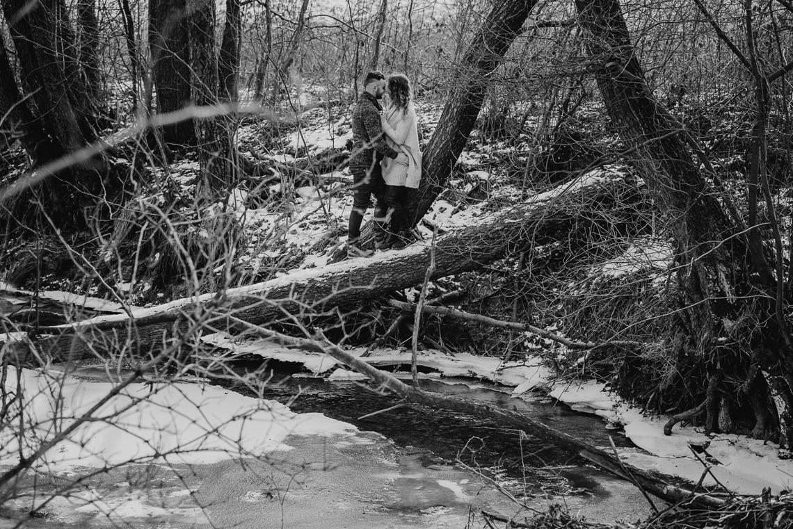 zimą na zdjęciach miłosnych w kielach