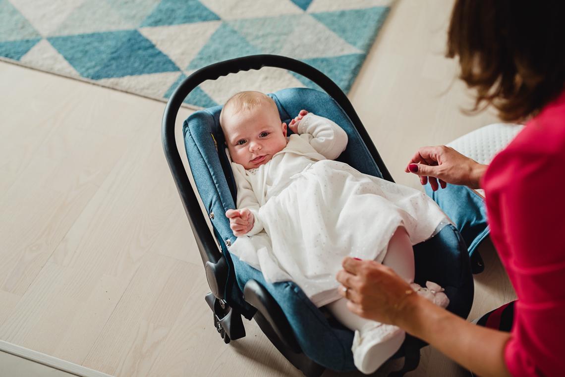 Zdjęcia malutkiej Nell na chrzcie w Kielcach 2