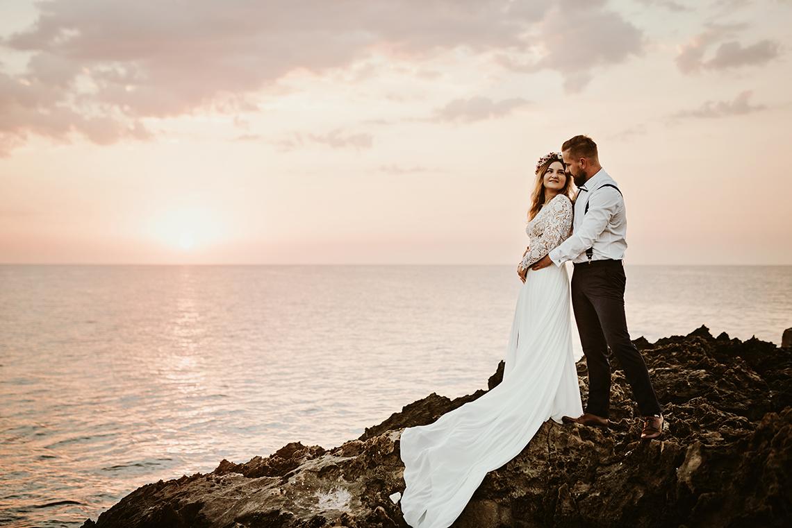 Plenerowa sesja ślubna na Cyprze o wschodzie i zachodzie słońca - w roli głównej Luiza i Bartek 1