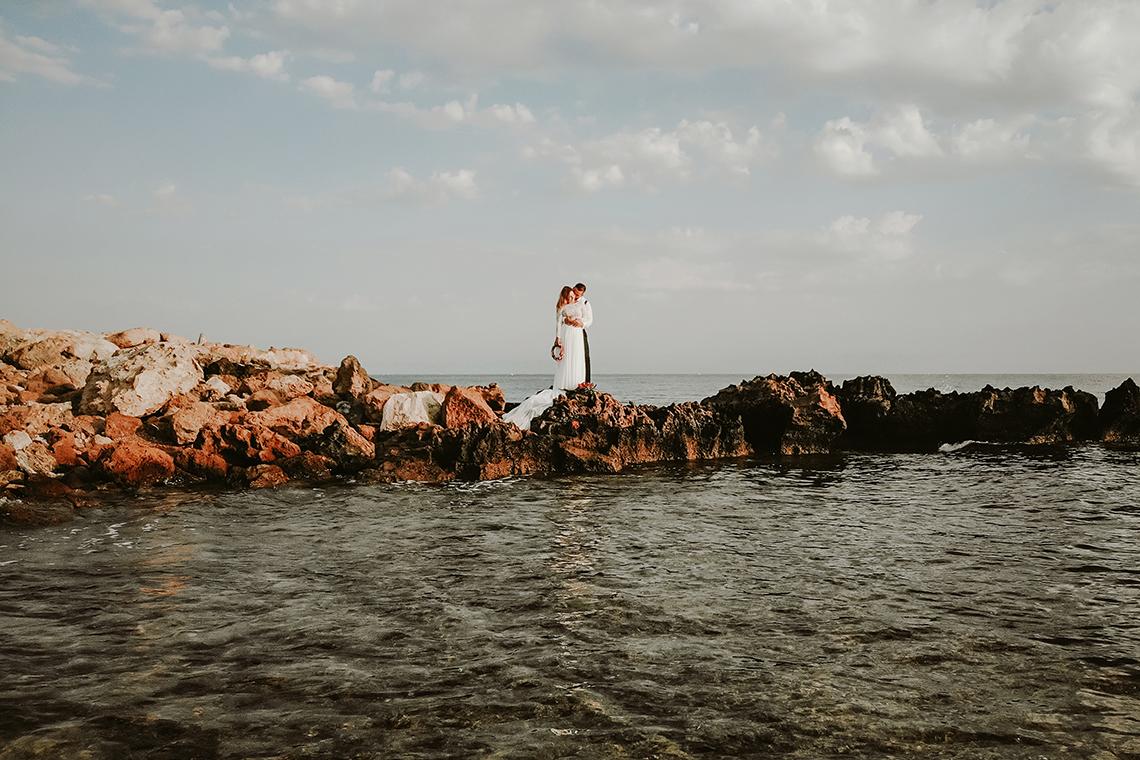 Plenerowa sesja ślubna na Cyprze o wschodzie i zachodzie słońca - w roli głównej Luiza i Bartek 19