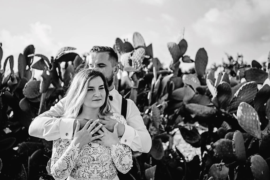 Plenerowa sesja ślubna na Cyprze o wschodzie i zachodzie słońca - w roli głównej Luiza i Bartek 36