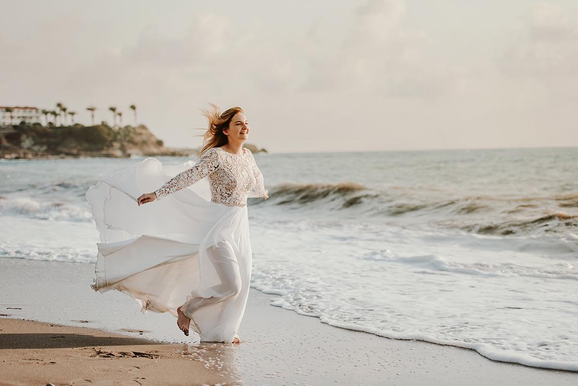 Plenerowa sesja ślubna na Cyprze o wschodzie i zachodzie słońca - w roli głównej Luiza i Bartek 43