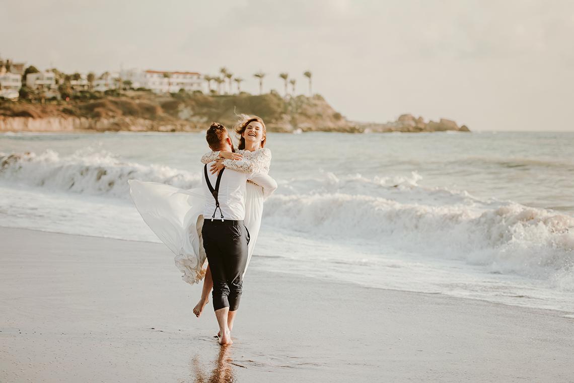 Plenerowa sesja ślubna na Cyprze o wschodzie i zachodzie słońca - w roli głównej Luiza i Bartek 44