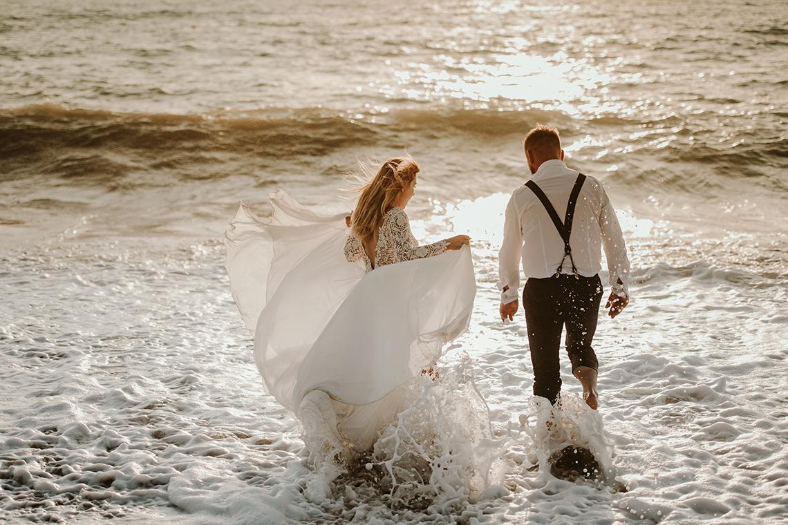 Plenerowa sesja ślubna na Cyprze o wschodzie i zachodzie słońca - w roli głównej Luiza i Bartek 46