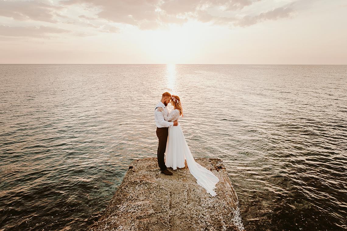 Plenerowa sesja ślubna na Cyprze o wschodzie i zachodzie słońca - w roli głównej Luiza i Bartek 5