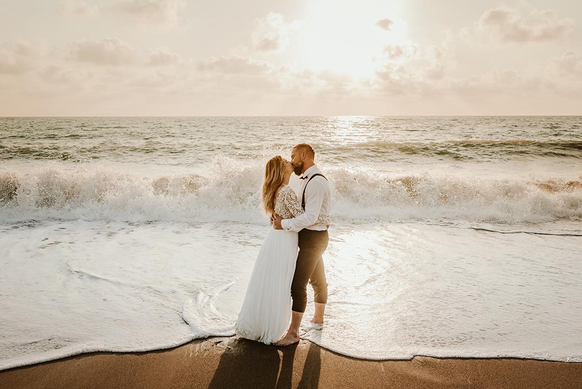 Plenerowa sesja ślubna na Cyprze o wschodzie i zachodzie słońca - w roli głównej Luiza i Bartek 50