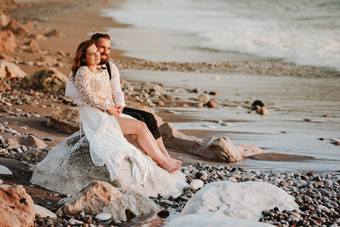 Plenerowa sesja ślubna na Cyprze o wschodzie i zachodzie słońca - w roli głównej Luiza i Bartek 55