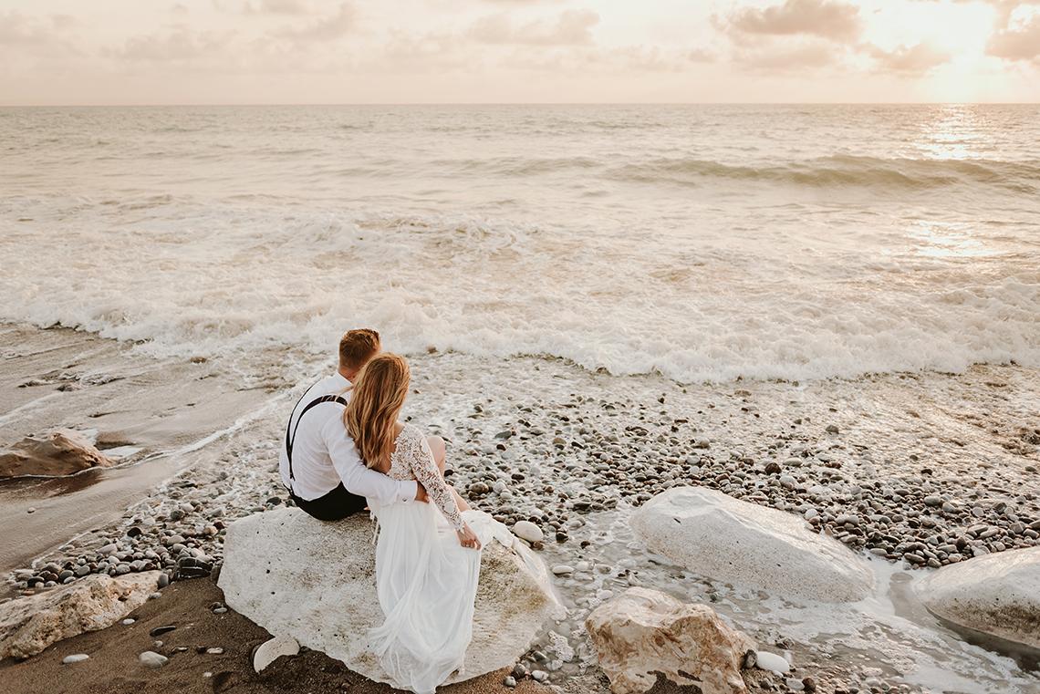 Plenerowa sesja ślubna na Cyprze o wschodzie i zachodzie słońca - w roli głównej Luiza i Bartek 57