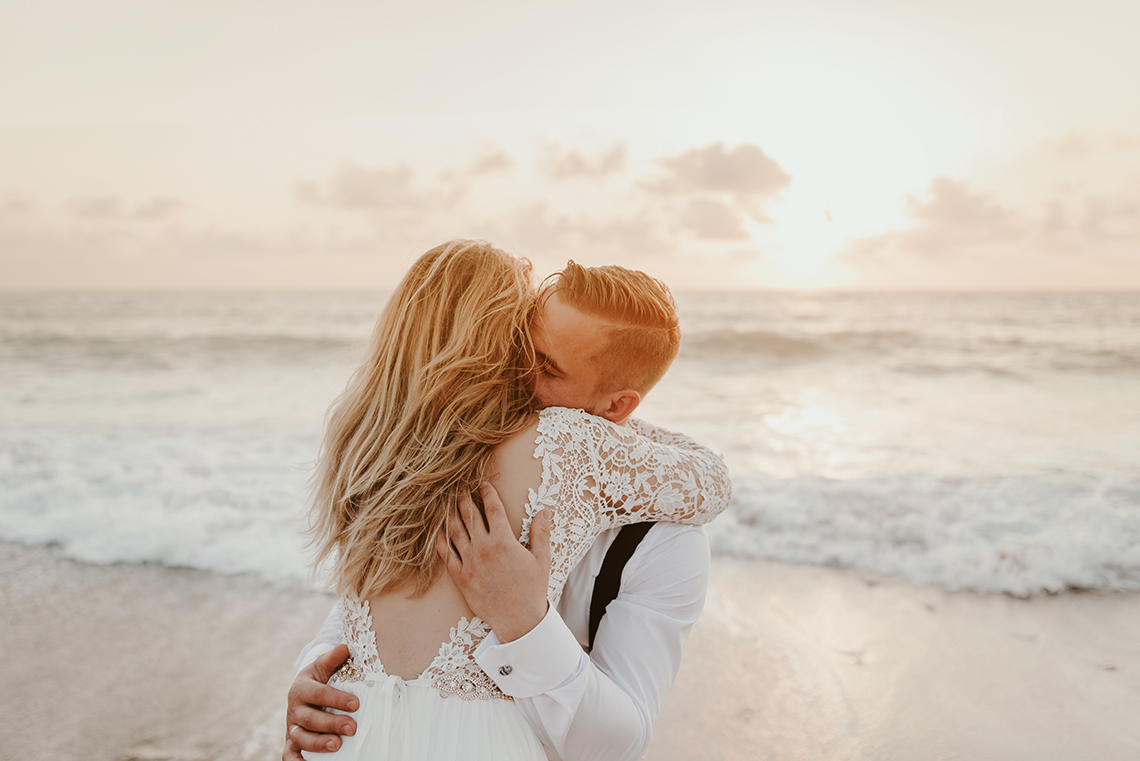 Plenerowa sesja ślubna na Cyprze o wschodzie i zachodzie słońca - w roli głównej Luiza i Bartek 58