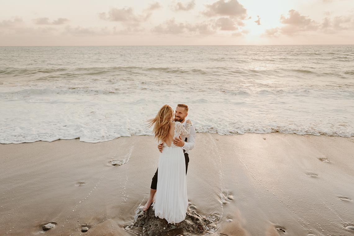 Plenerowa sesja ślubna na Cyprze o wschodzie i zachodzie słońca - w roli głównej Luiza i Bartek 59