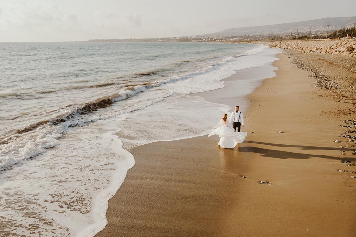Plenerowa sesja ślubna na Cyprze o wschodzie i zachodzie słońca - w roli głównej Luiza i Bartek 61