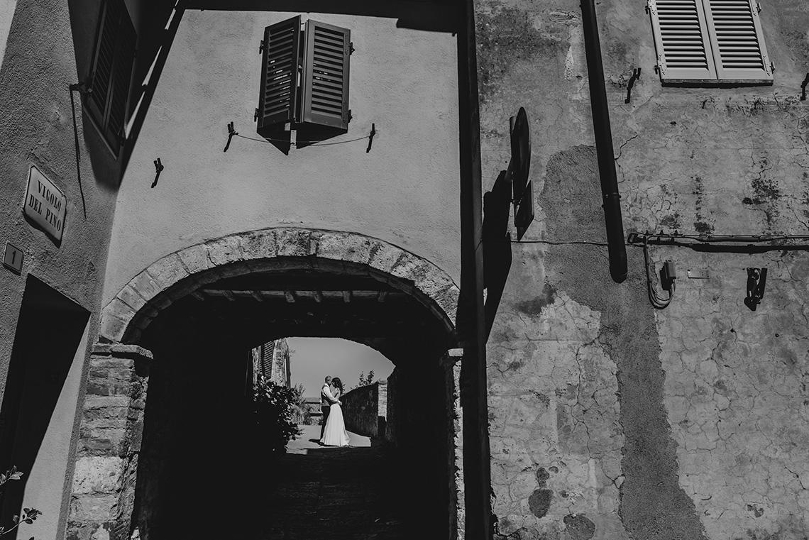 Plenerowa sesja ślubna w Toskanii - czy warto? 44